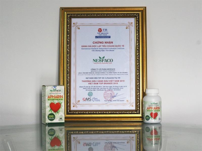 Apharin nhận giải thưởng Top 100 Thương Hiệu Hàng Đầu Việt Nam