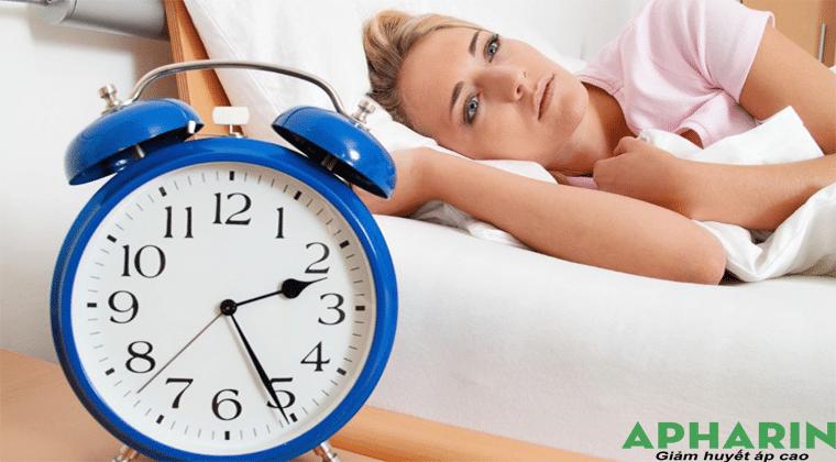 caohuyết áp không ngủ được
